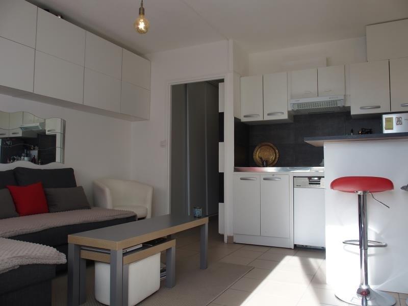 Sale apartment Gaillard 75000€ - Picture 2