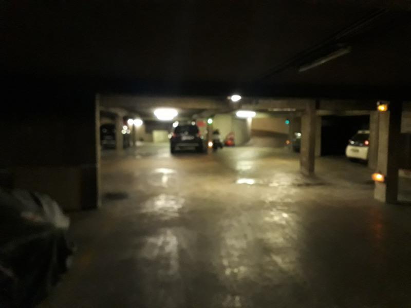 Rental parking spaces Paris 3ème 200€ CC - Picture 2