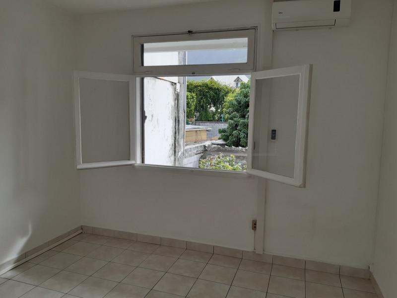 Vente maison / villa St denis 447000€ - Photo 5