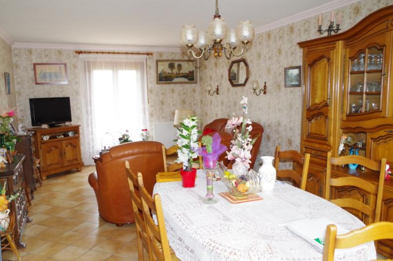 Sale house / villa Villemandeur 149000€ - Picture 2