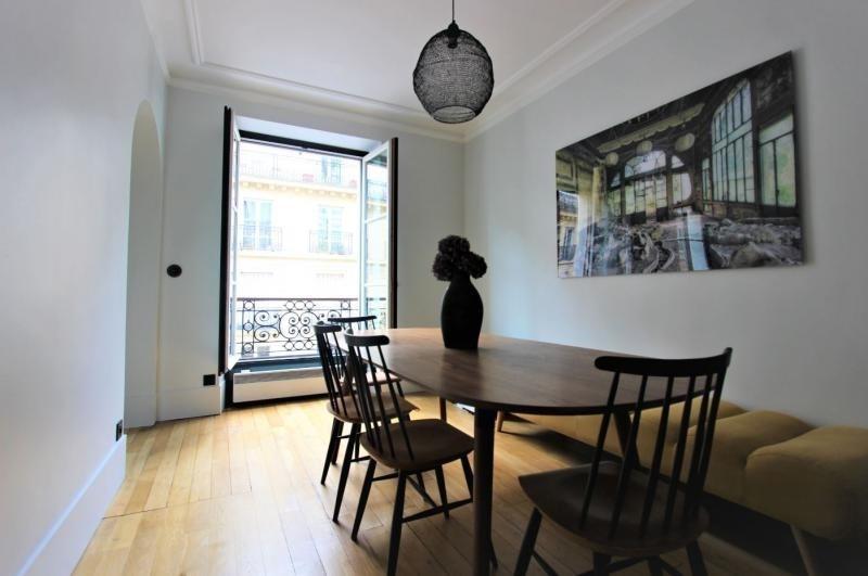 Sale apartment Paris 7ème 839000€ - Picture 2