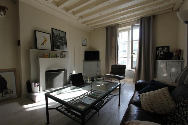 Rental apartment Paris 3ème 1700€ CC - Picture 2