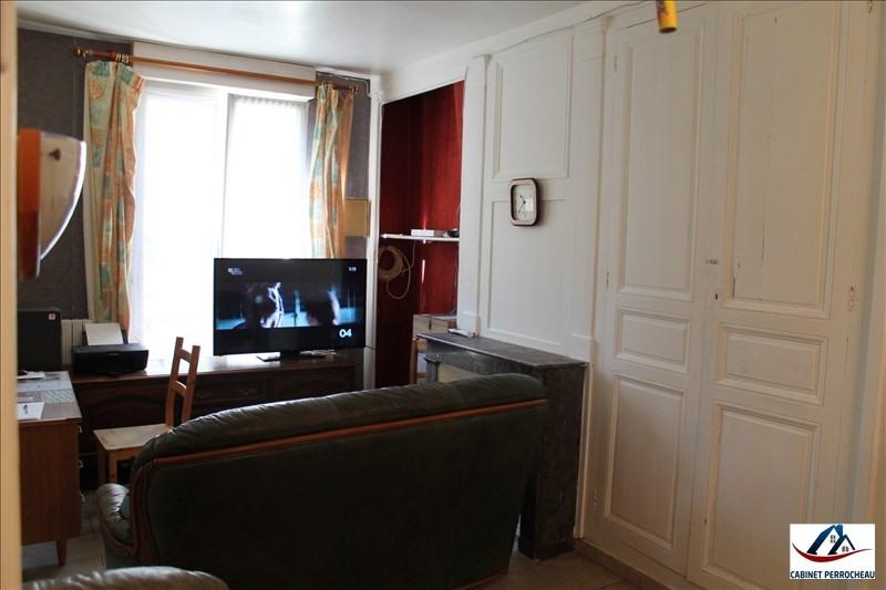 Sale house / villa La chartre sur le loir 49940€ - Picture 4