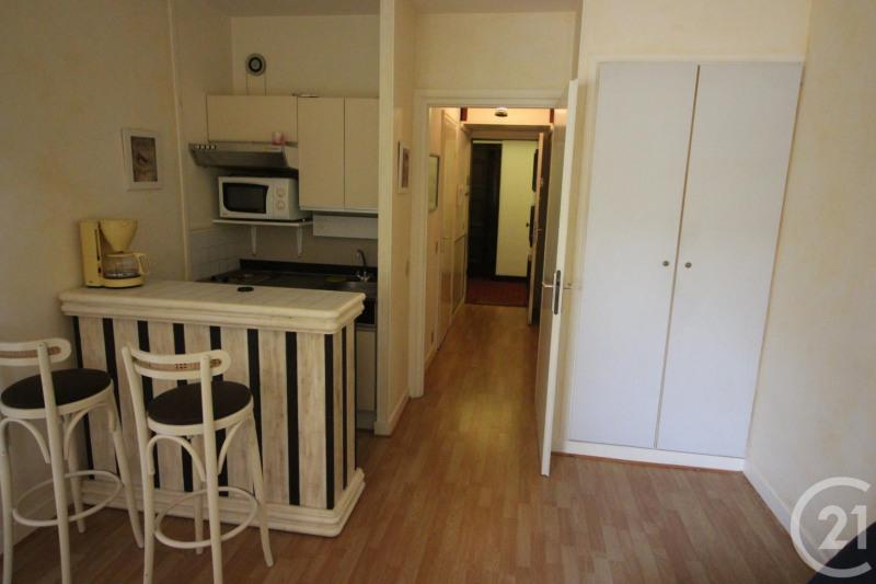 Verkoop  appartement Deauville 88000€ - Foto 2
