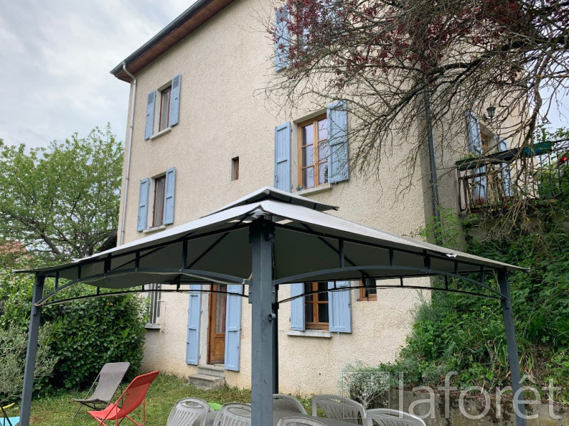 Sale house / villa Bourgoin jallieu 275 000€ - Picture 1