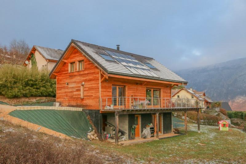 Sale house / villa Novalaise 449000€ - Picture 1