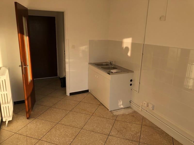 Rental apartment La seyne sur mer 700€ CC - Picture 2