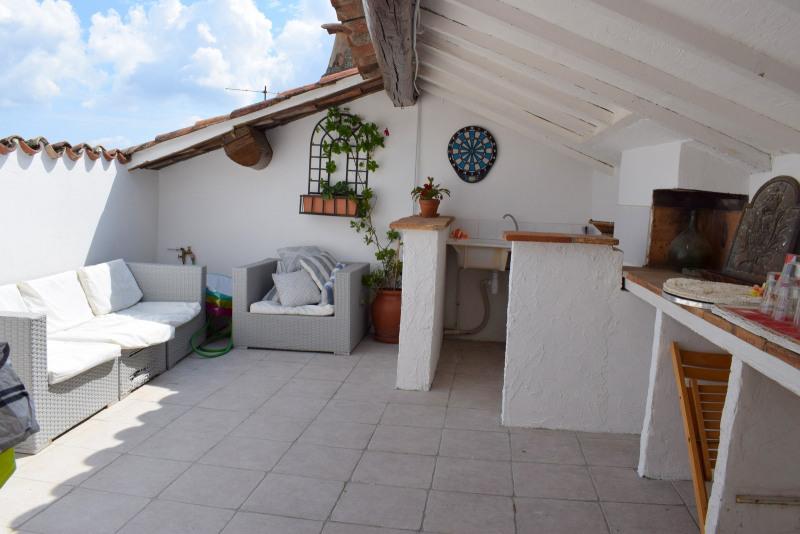 Maison rénovée avec terrasse