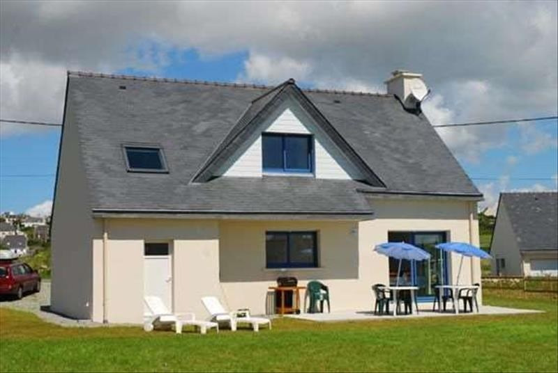 Sale house / villa Plouhinec 260500€ - Picture 1