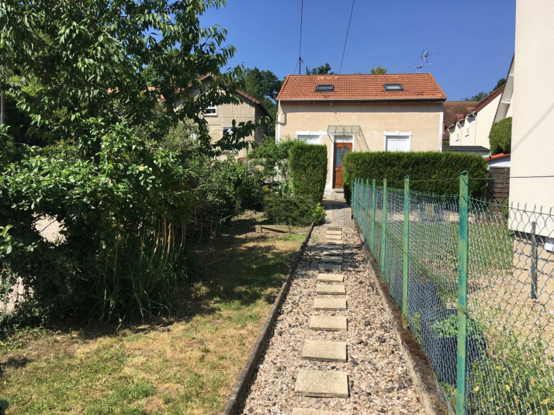 Location maison / villa Taverny 914€ CC - Photo 1
