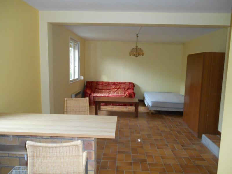 Rental apartment Saint quentin 365€ CC - Picture 4