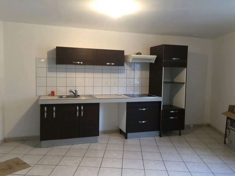 Rental house / villa Chambly 950€ CC - Picture 2