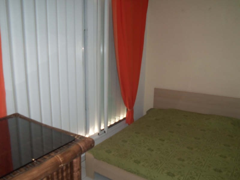 Rental apartment St francois 800€ CC - Picture 8