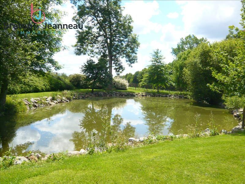 Sale house / villa Quelaines st gault 374400€ - Picture 7