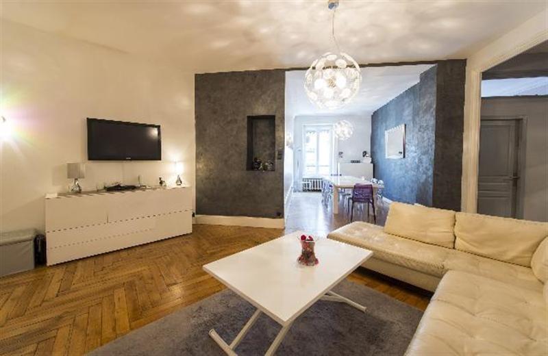 Sale apartment Lyon 6ème 528000€ - Picture 1