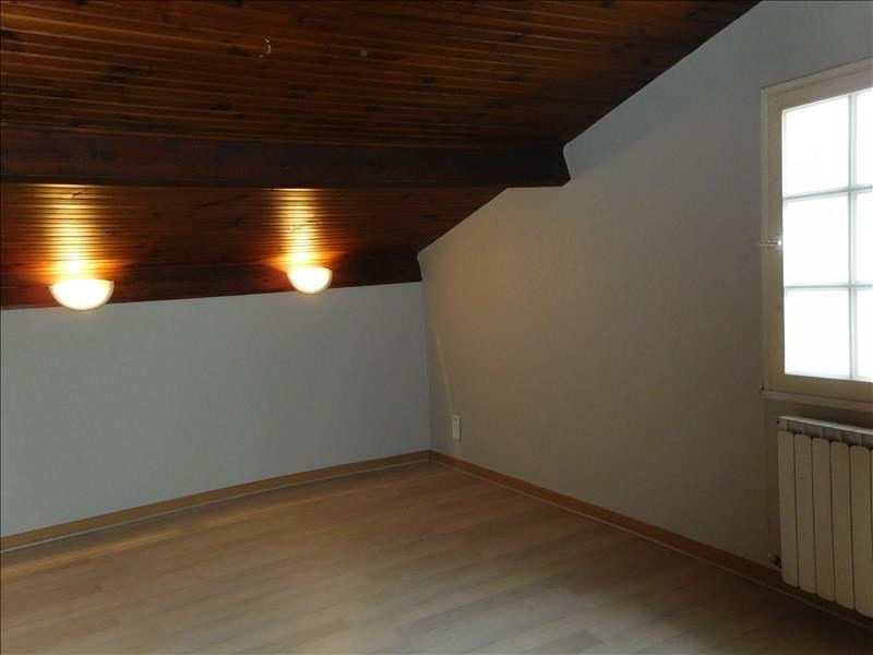 Rental house / villa St andre de cubzac 740€ CC - Picture 7