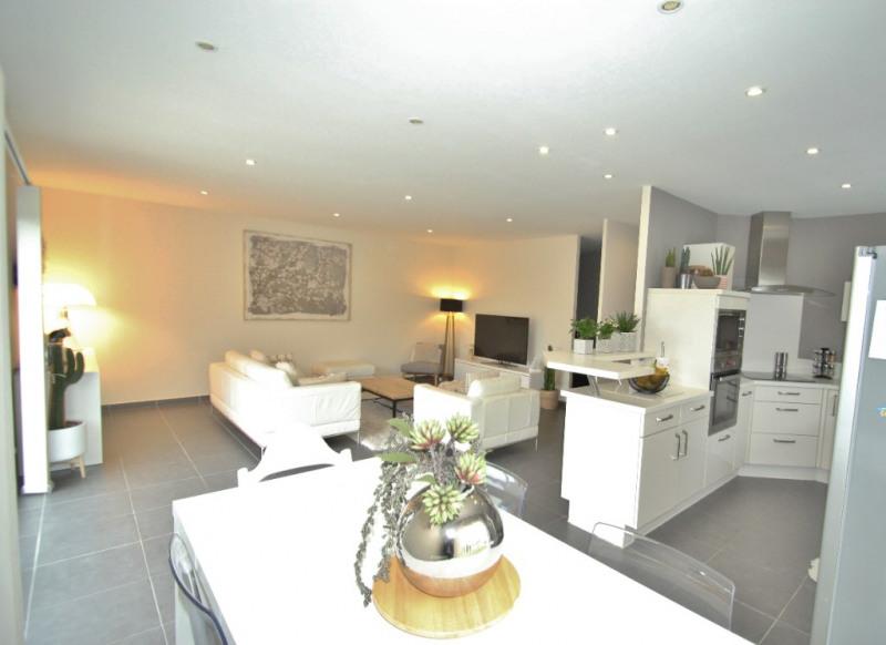 Revenda casa Lans 254000€ - Fotografia 2