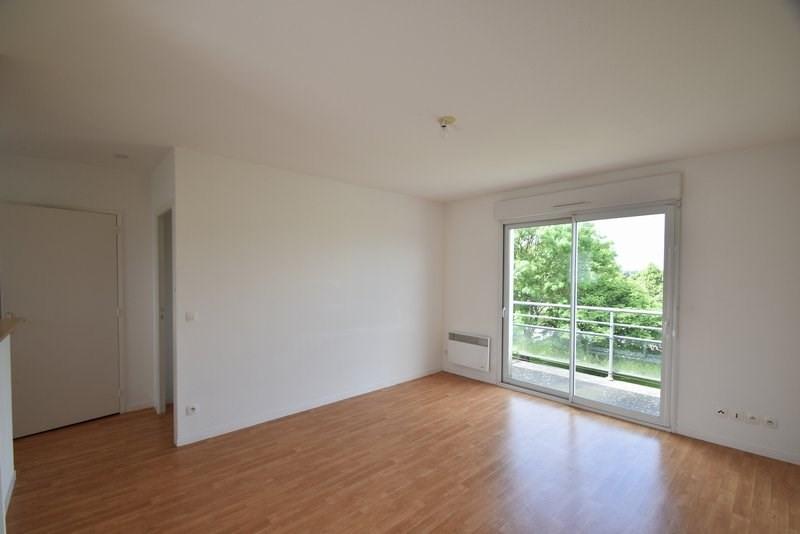 Verhuren  appartement St lo 411€ CC - Foto 1