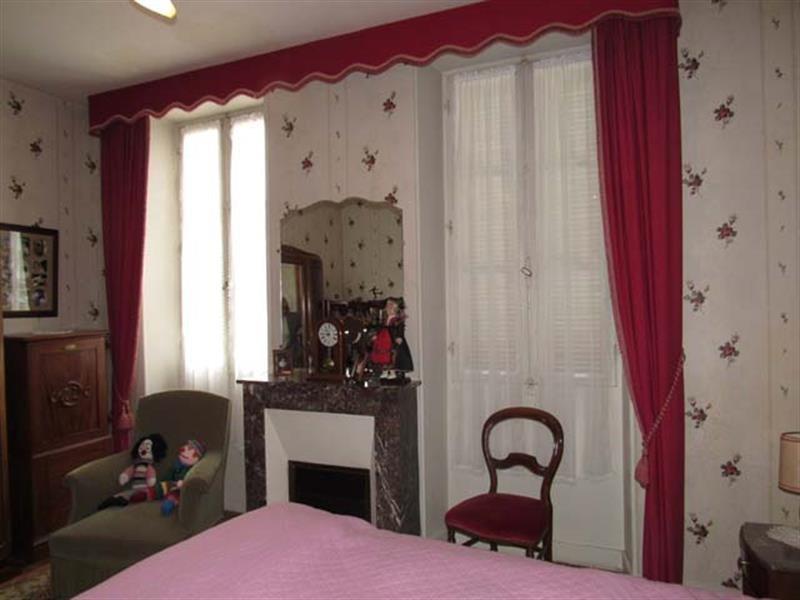 Vente maison / villa Saint-jean-d'angély 169600€ - Photo 5