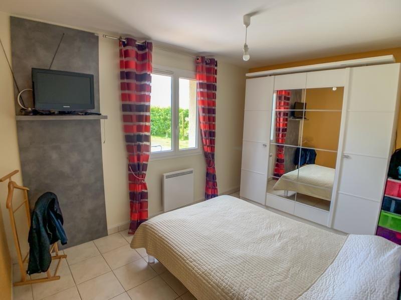 Sale house / villa Grainville langannerie 233750€ - Picture 6