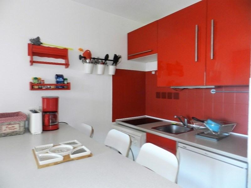 Sale apartment Le lavandou 248000€ - Picture 2
