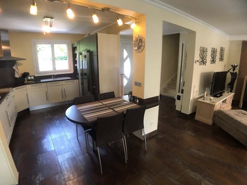 Sale house / villa Lesigny 433500€ - Picture 2