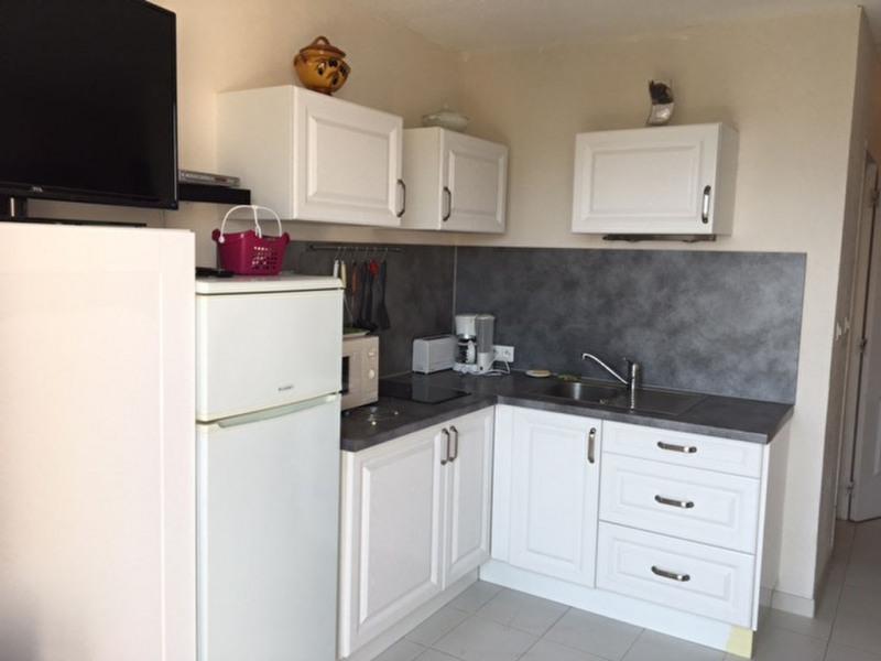 Sale apartment La londe les maures 166000€ - Picture 2