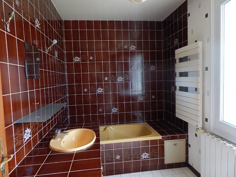 Sale house / villa Semussac 254000€ - Picture 5