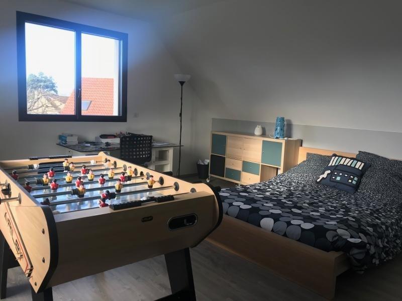 Sale house / villa Montfort l amaury 672000€ - Picture 5