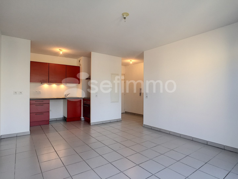 Location appartement Marseille 12ème 870€ CC - Photo 5