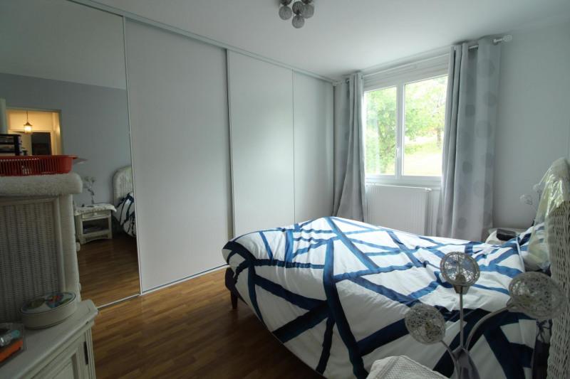 Sale apartment Voiron 190000€ - Picture 4