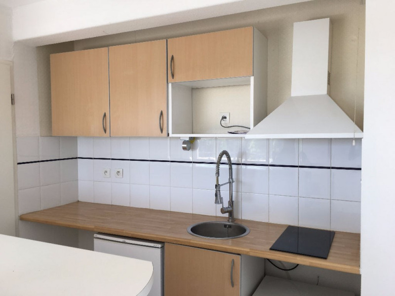 Rental apartment Seilh 578€ CC - Picture 3