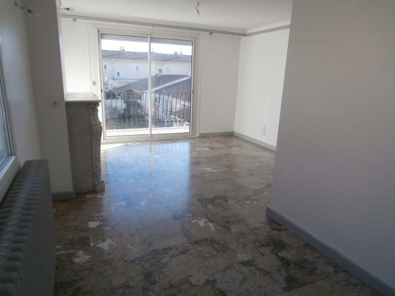 Verhuren  appartement Salon de provence 765€ CC - Foto 3