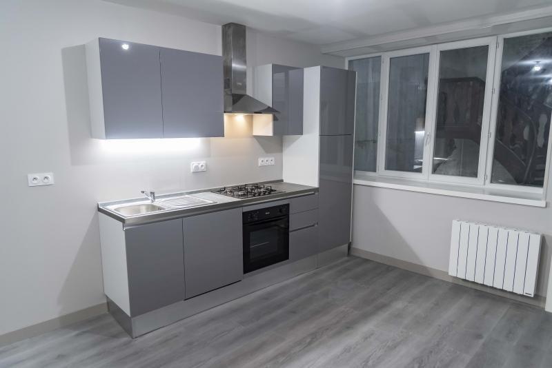 Location appartement Nantua 520€ CC - Photo 3