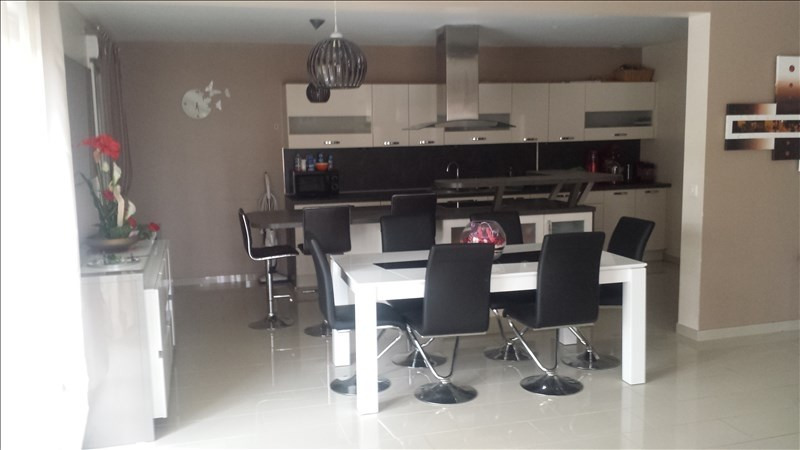 Revenda casa Valentigney 242000€ - Fotografia 4
