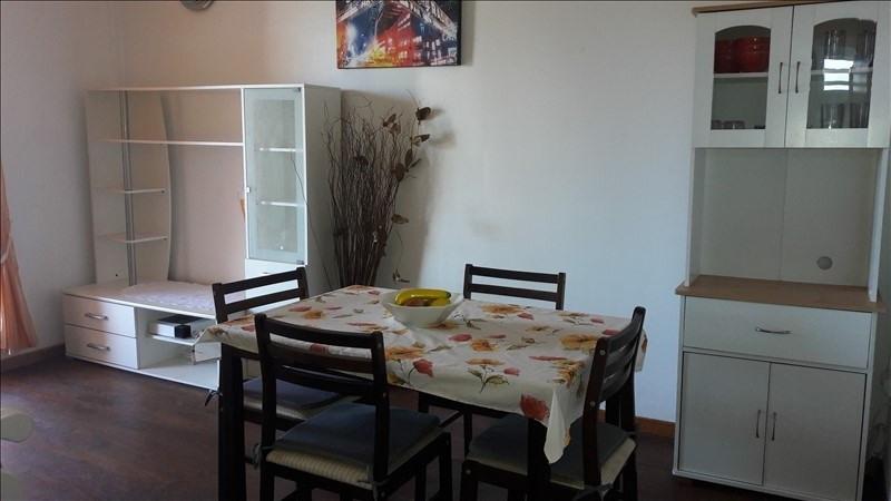 Rental apartment Le moule 750€ CC - Picture 1