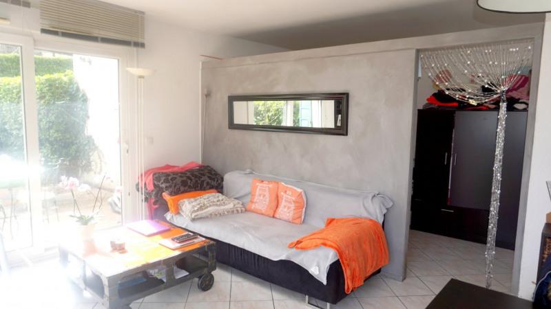 Sale apartment Archamps 222000€ - Picture 2
