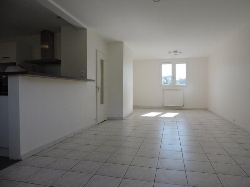 Location maison / villa Castelculier 800€ +CH - Photo 4