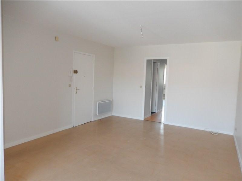 Location appartement Langeac 493,79€ CC - Photo 2