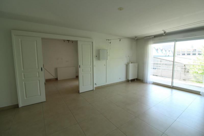 Verkoop  appartement Voiron 249000€ - Foto 3