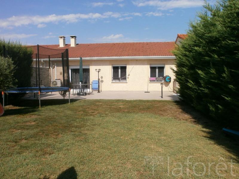Sale house / villa Bourgoin jallieu 235000€ - Picture 1