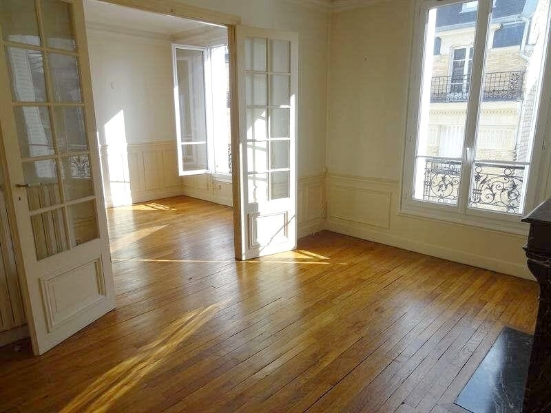 Rental apartment Levallois perret 1350€ CC - Picture 1