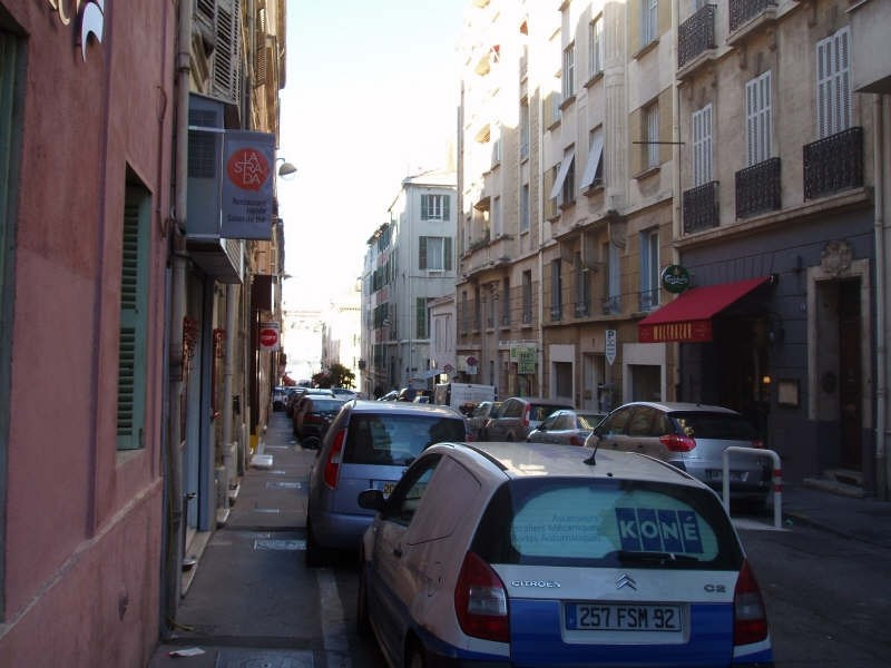 Location appartement Marseille 1er 623€ CC - Photo 10