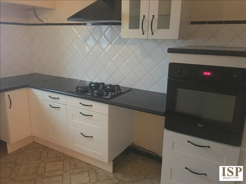 Rental apartment Velaux 884€ CC - Picture 2