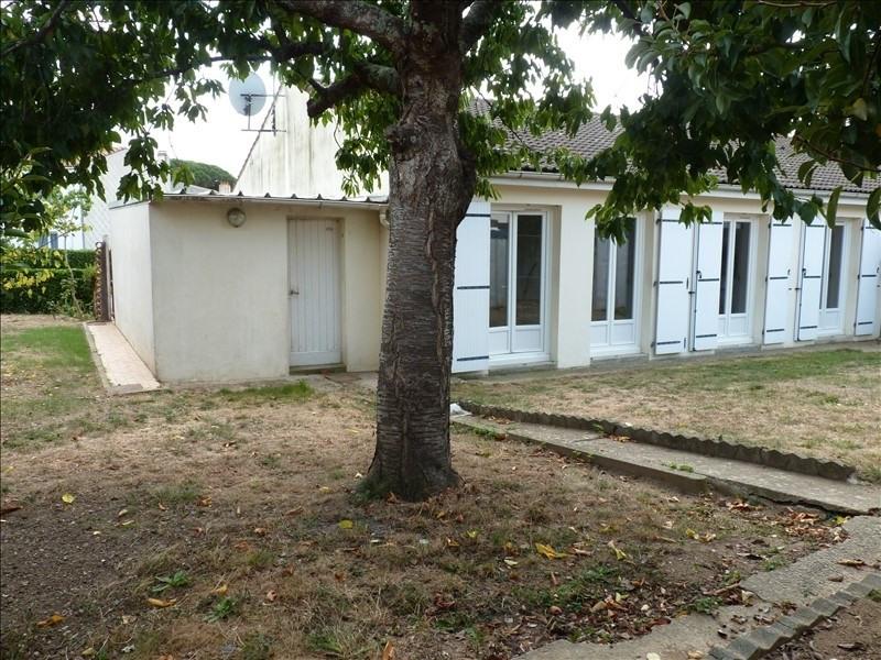 Vente maison / villa La roche sur yon 139800€ - Photo 2