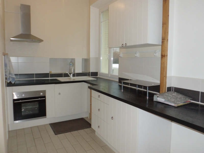 Rental apartment Chambery 664€ CC - Picture 2