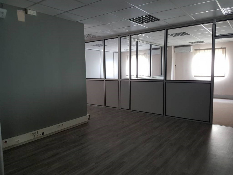 Alquiler  oficinas Montfavet 1584€ CC - Fotografía 5