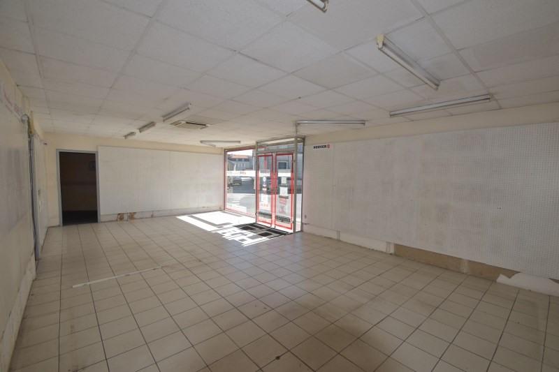 Sale building Saintes 129500€ - Picture 3