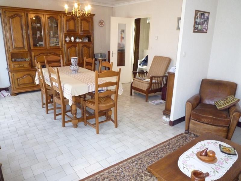 Sale house / villa Cognac 117000€ - Picture 2