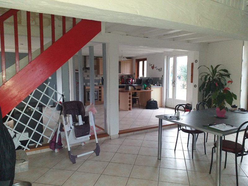 Sale house / villa Epuisay 150 900€ - Picture 2
